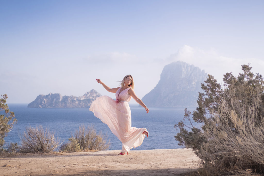 Desiree Jurado con vestido de boda en Ibiza